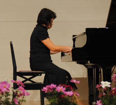 楽しく学ぶ 大人のピアノ